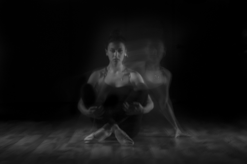 Leiah Luz - Ned Tobin - studio dancer