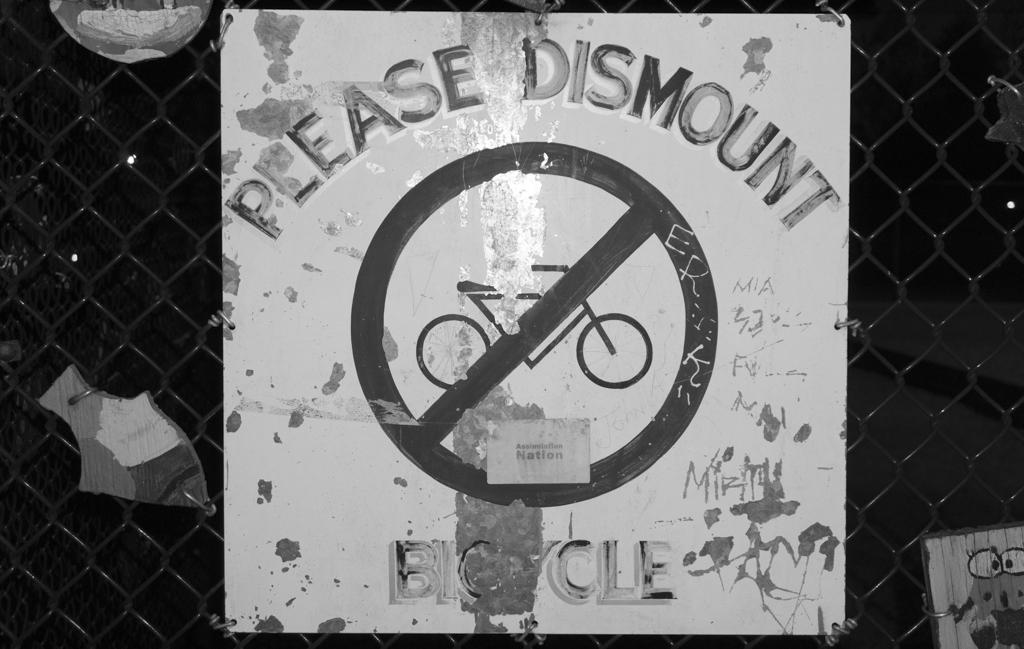 Please Dismount Bicycle, Vancouver, British Columbia, Canada
