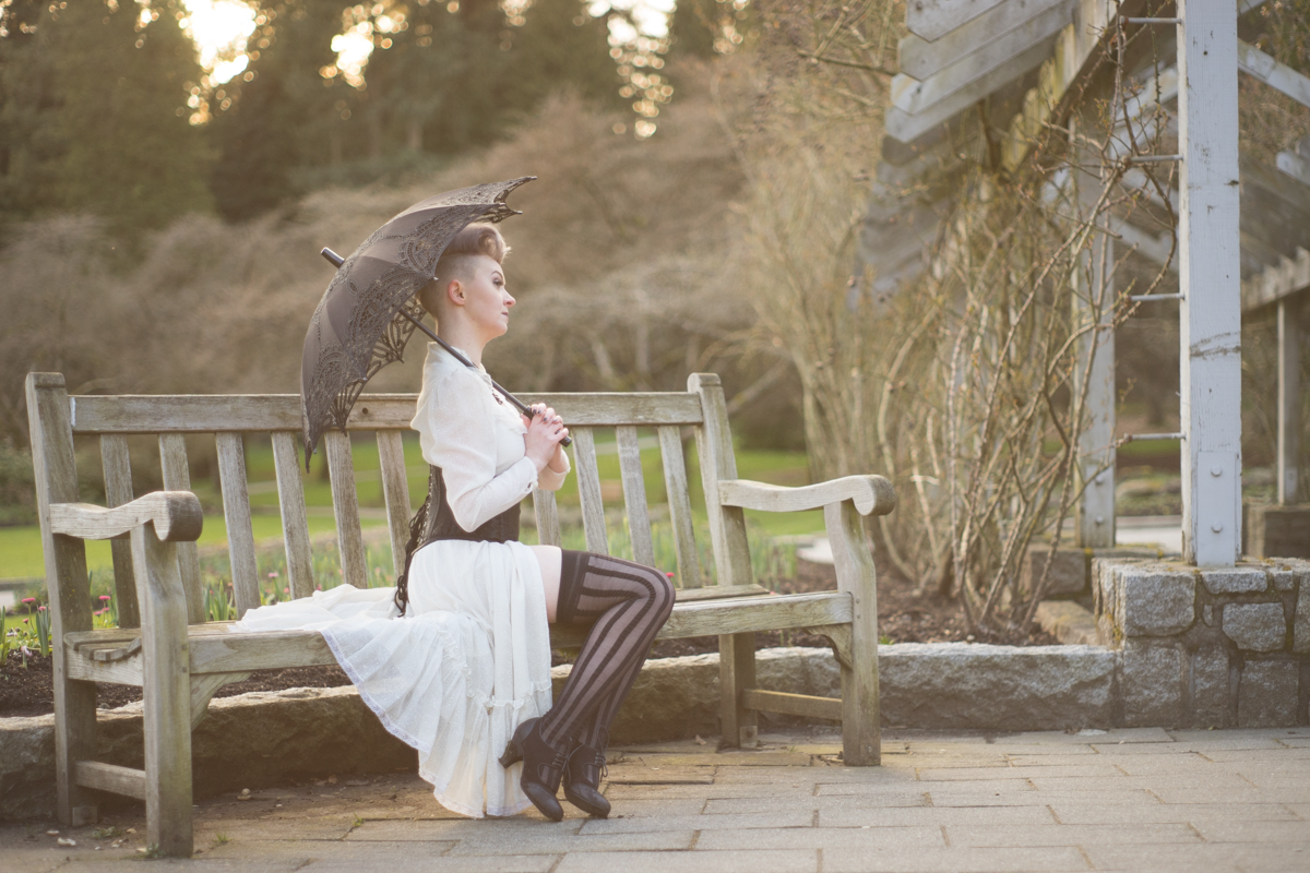 Gidget Gravedigger victorian rose - Ned Tobin